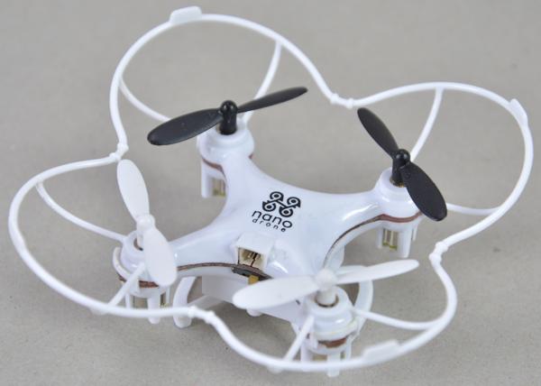 Axis Nano Drone White