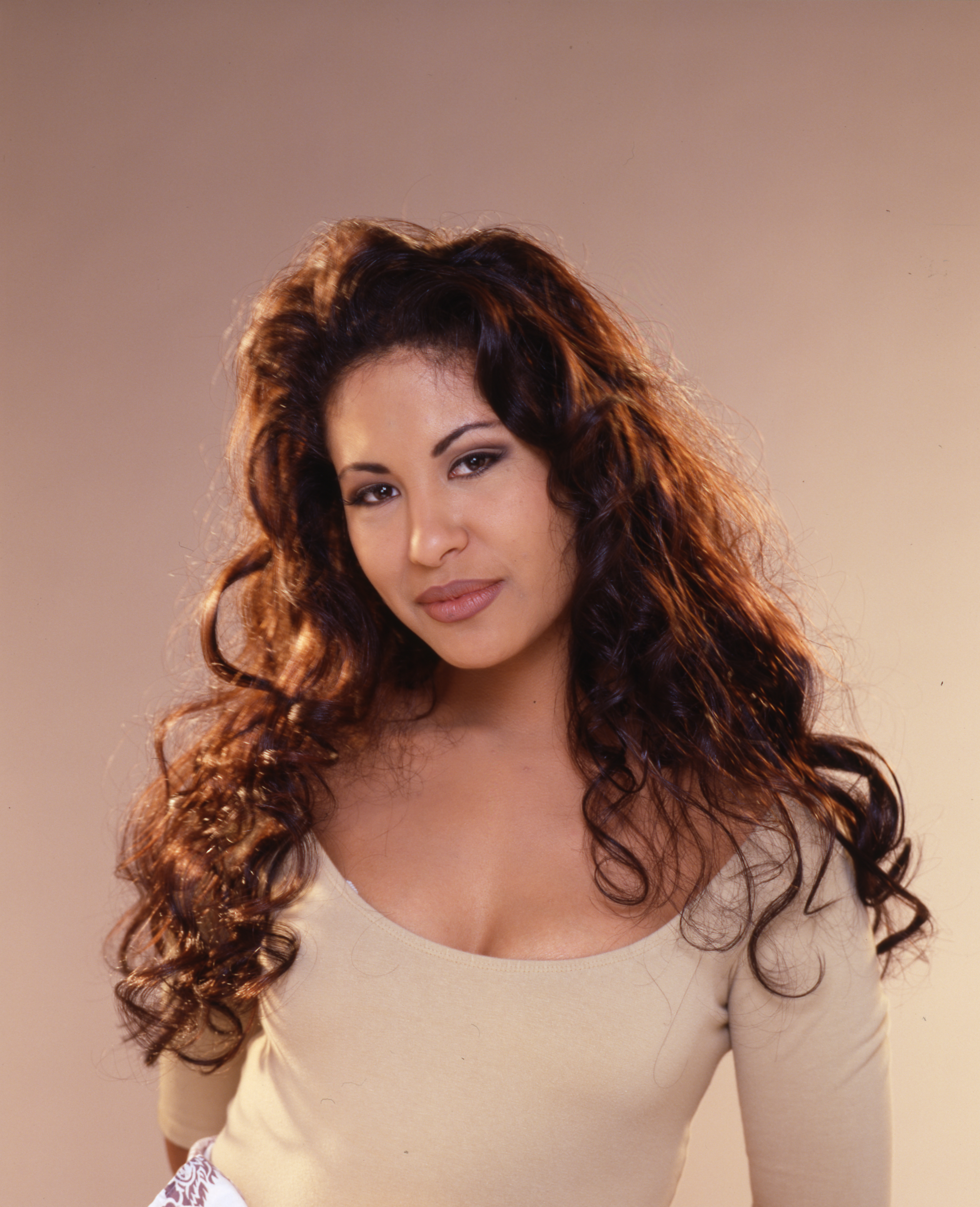 Selena quintanilla selena the one indiegogo what we need what you get voltagebd Gallery