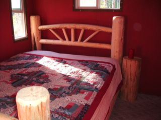 Artists refuge at thunderhead the cordwood roundhouse for Go diego go bedding
