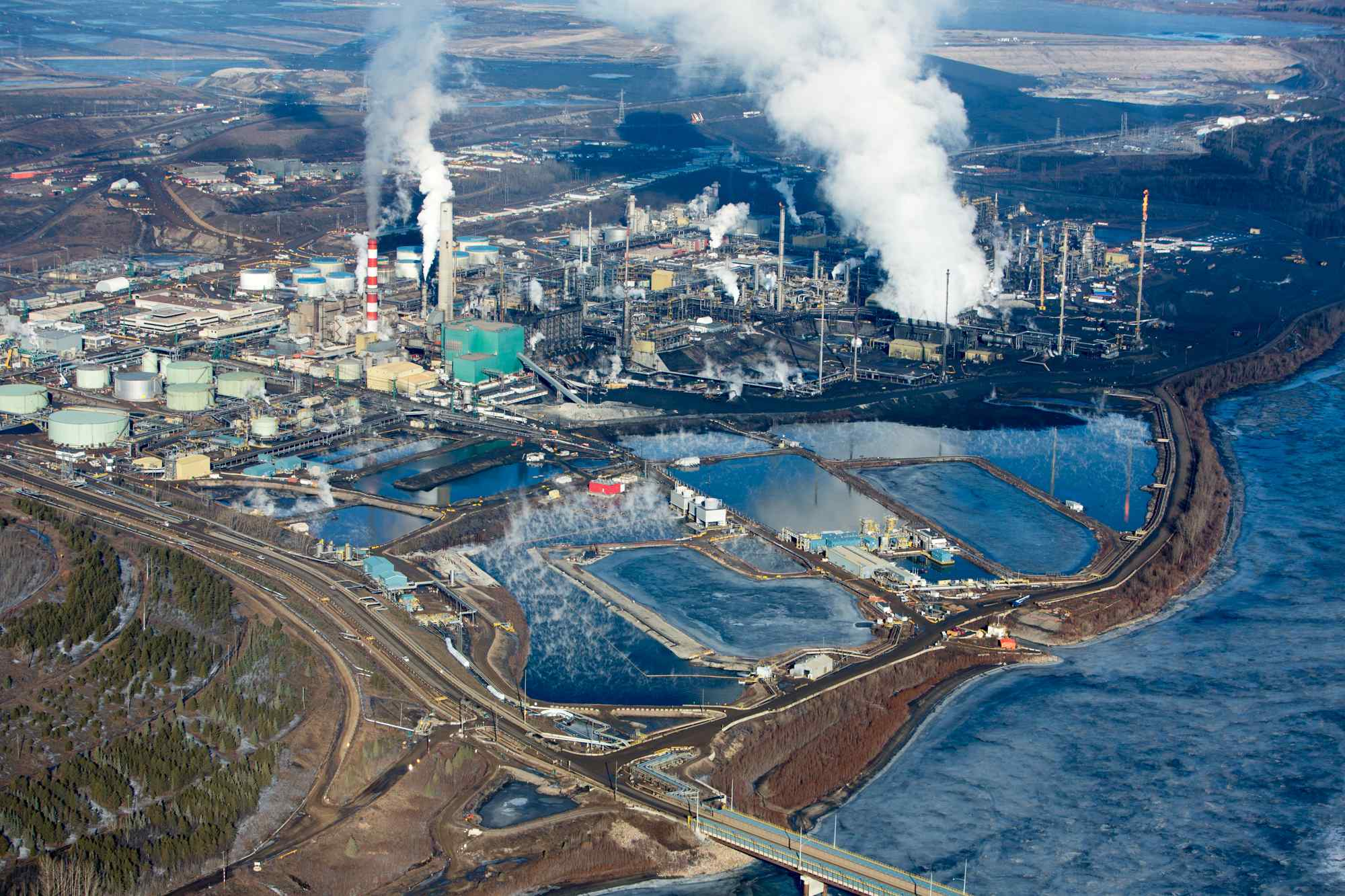 oil sands essay Read this essay on canada's oil sands come browse our large digital warehouse of free sample essays get the knowledge you need in order to pass your classes and more.