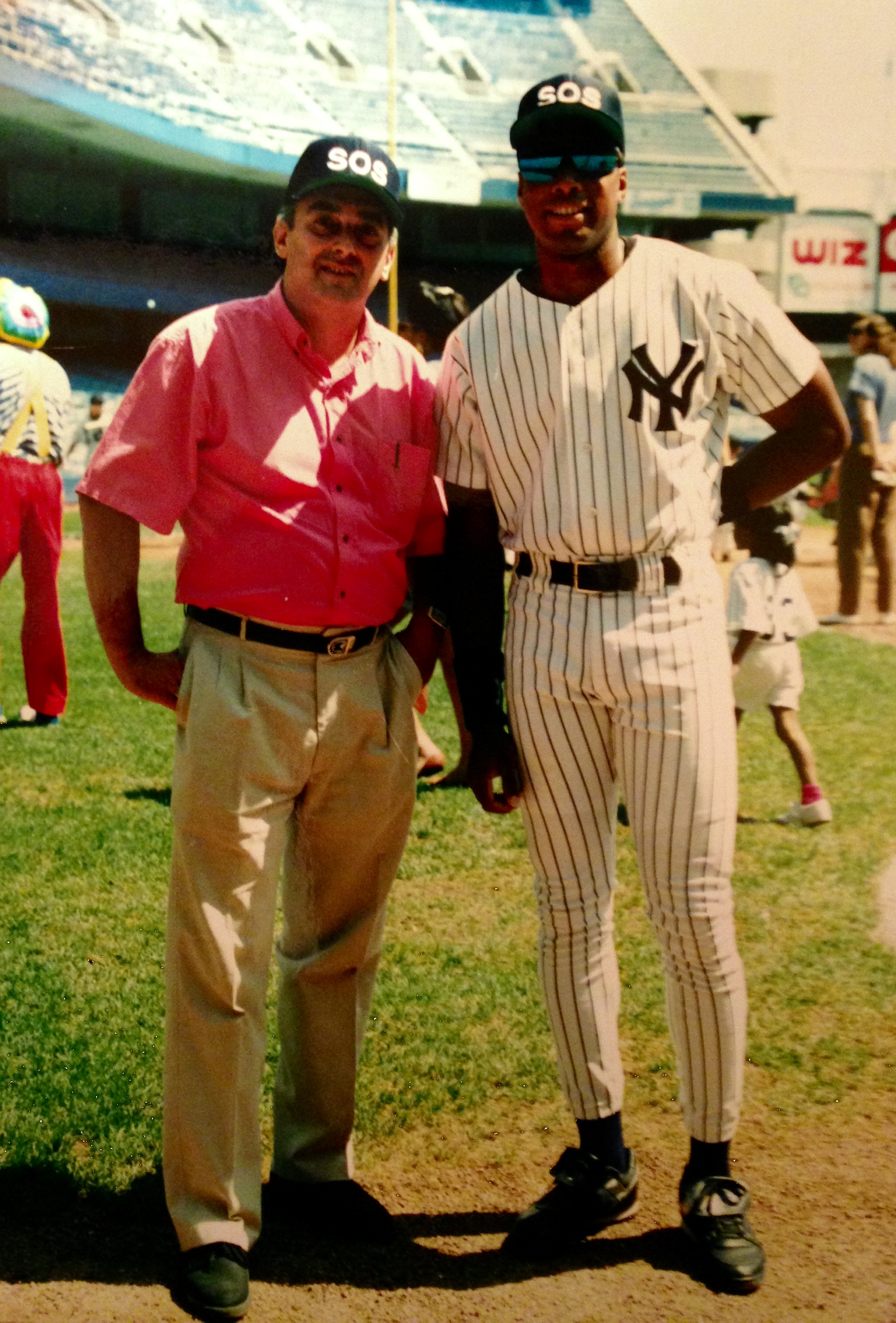 battlefields to ball fields a career in sports indiegogo ny yankee great bernie williams zach in 1994