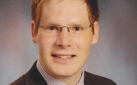 20120906150234-bewerbungsfoto_klein