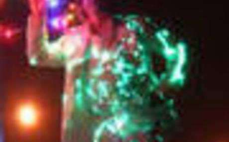 20120126080918-lighttux_90